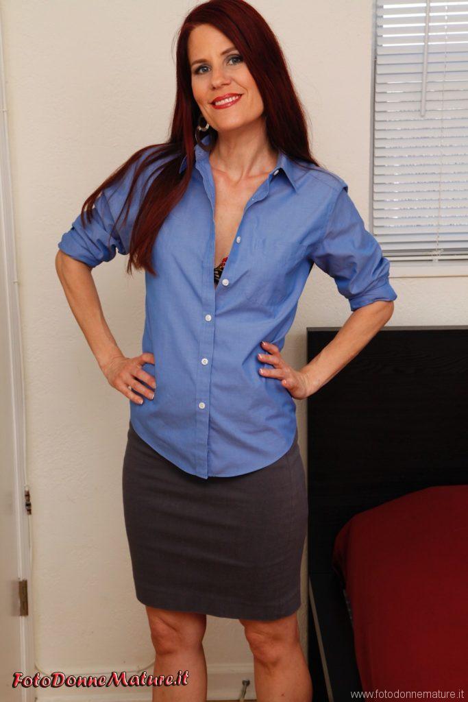 porno matura camicia blu