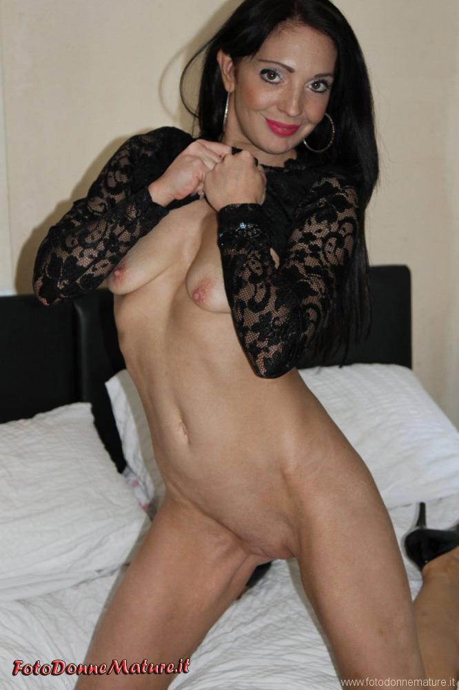 signora matura figa depilata culo stupendo amatoriale italiano (8)